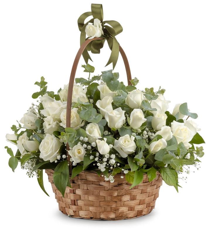 Çiçek Sepetinde Beyaz Güller